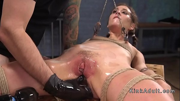 Caned, Slave anal