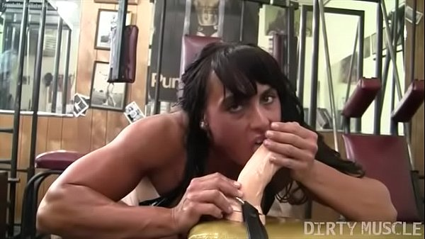 Huge dildo, Female
