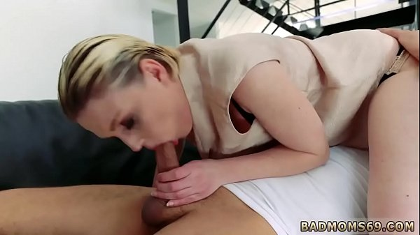 Mom xxx, Home sex