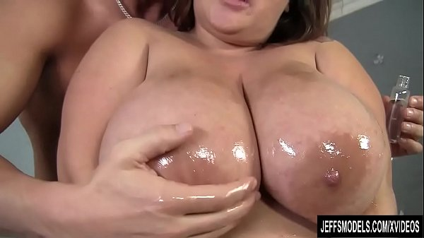 Big boobs, Plumper, Plumpers